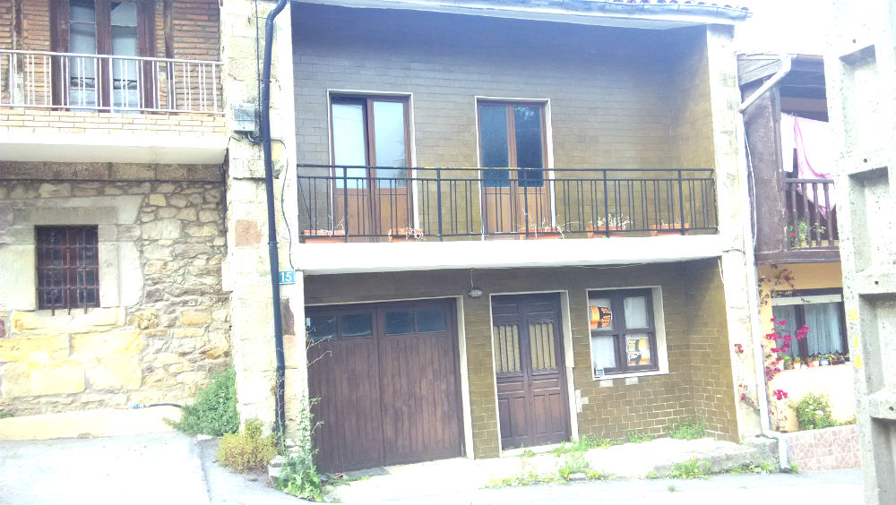 Se vende casa para reformar en Oruña de Pielagos