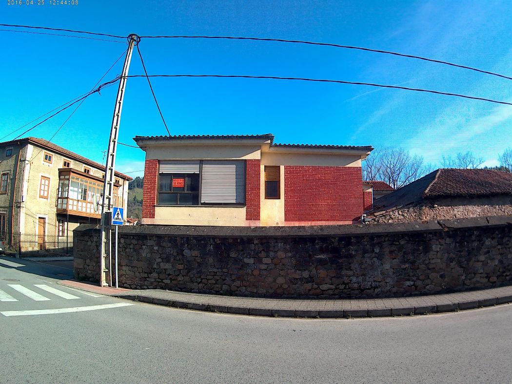 Se vende casa en Arenas de Iguña