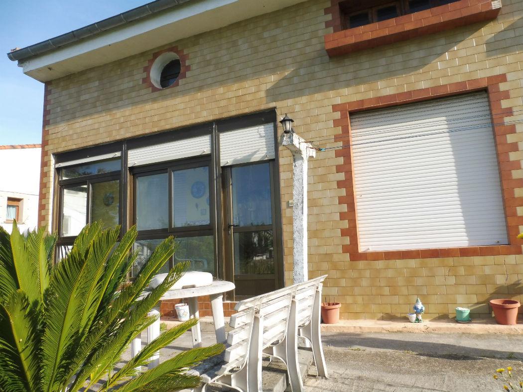 Venta de casa independiente en San Román Santander