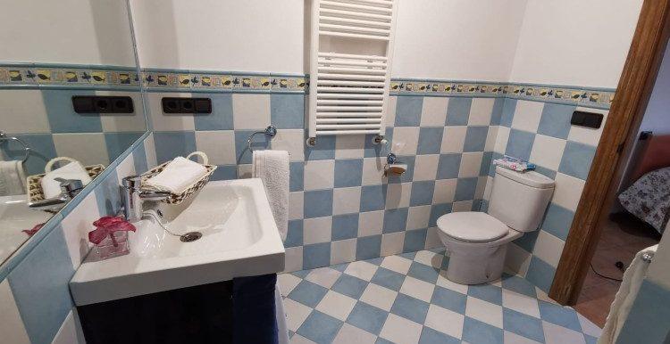 1 habitacion palanta baja baño